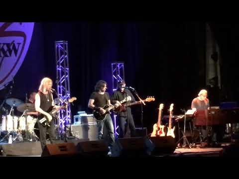 Kenny Wayne Shepherd Band  Ba Got Gone 082817 Beverly Cabot Theatre