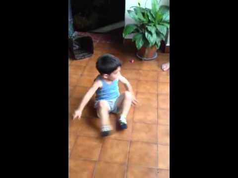 Santi dance