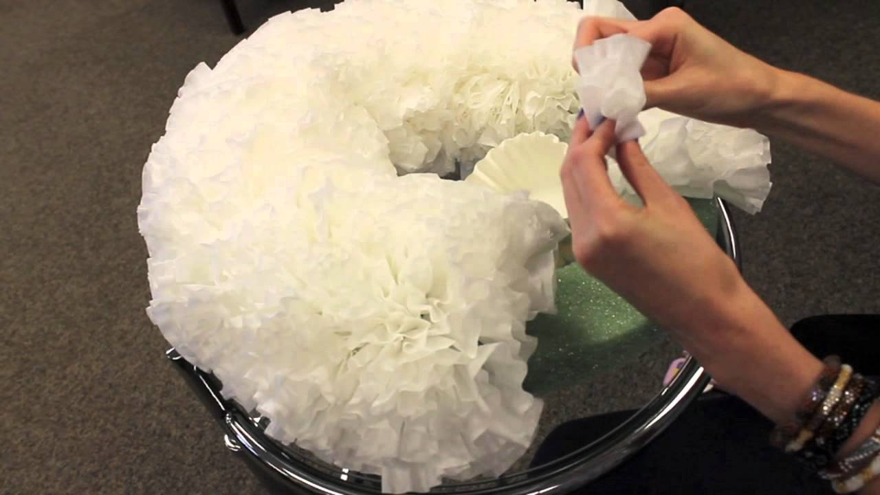 DIY Coffee Filter WreathYouTube