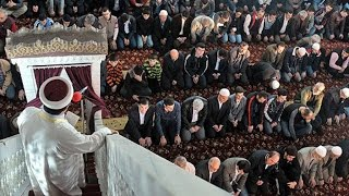 """""""Tevhidi ve hakkı anlatmadıklarından dolayı camii imamlarının arkasında namaz kılınmaz"""" diyenlere"""