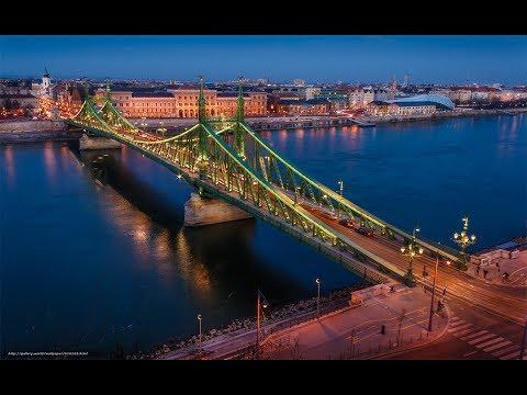 Szabadság híd (Freedom Bridge) - Budapest Hungary