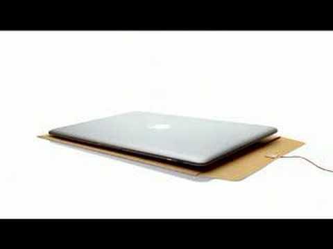 動画:MacBook AirのCMソングを歌う黒人女性