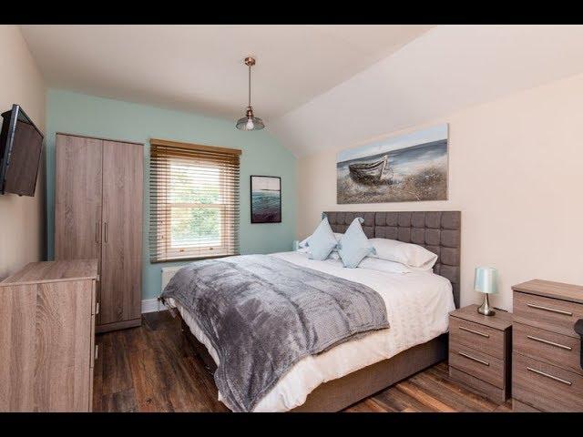 Beautiful En-suite Rooms in Amazing House! Main Photo