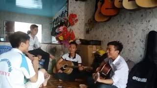 Tao đố mày ( gia đình TùngAnh Guitar )- Guitar lầy