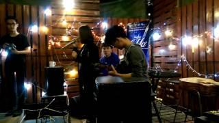 Là em đó | Thu Hoài - Guitarist Xuân Trường - Cajon Hải Nam