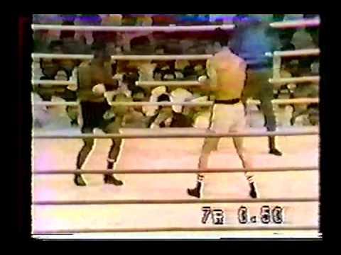 Alfredo Marcano vs Hiroshi Kobayashi