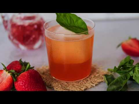 Cocktail Recipe: EASY Strawberry Basil Smash Cocktail by Everyday Gourmet with Blakely