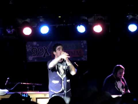 New Found Glory - The Christmas Song - The Loft 99X Acoustic Christmas (Atlanta 12/17/2009)