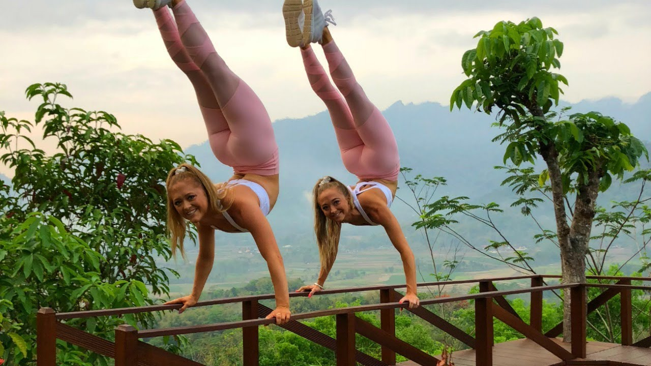acro-gymnastics-at-sunrise-for-the-wonderful-indonesia-challenge-our-travel-vlog