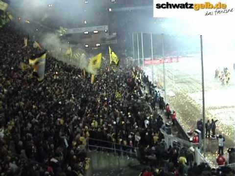 BVB - Freiburg Stimmung  2/2 Westfalenstadion Borussia Dortmund - SCF Video