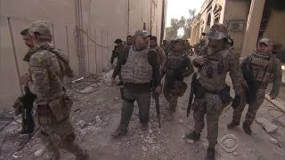 Isis Is Trapped In Western Mosul As Fighting Continues