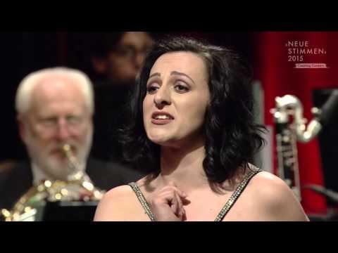 NEUE STIMMEN 2015 - Semifinal: Adriana Ferfecka sings