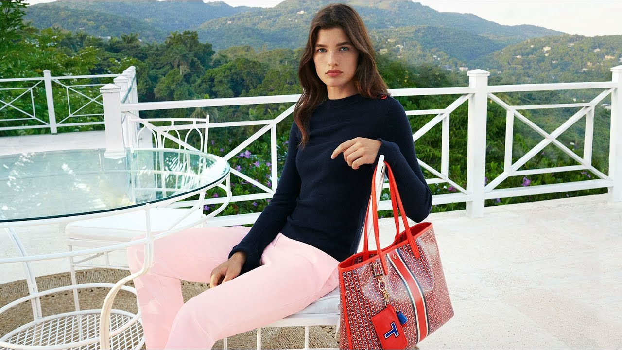 ee26cee168f Tory Burch Holiday 2016   GeminiLink Tote - YouTube