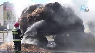 Pożar przyczep ze słomą na ul. Kościuszki w Sępólnie Krajeńskim, 11.08.2015 r.