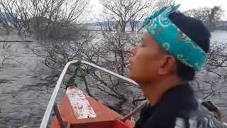 Video Makam Eyang Resi Guru Haji Aji Putih Di Sagara Jatigede download MP3, 3GP, MP4, WEBM, AVI, FLV Mei 2018