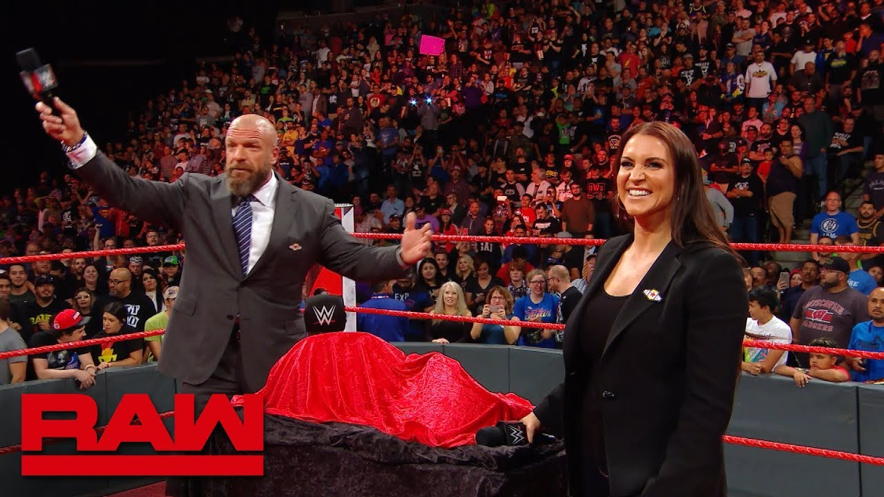 """Triple H & the WWE Universe sing """"Happy Birthday"""" to Stephanie McMahon: Exclusive, Sept. 24, 2018"""