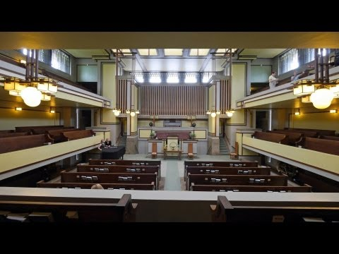 Frank Lloyd Wright's Unity Temple, a DesignSlinger photography primer