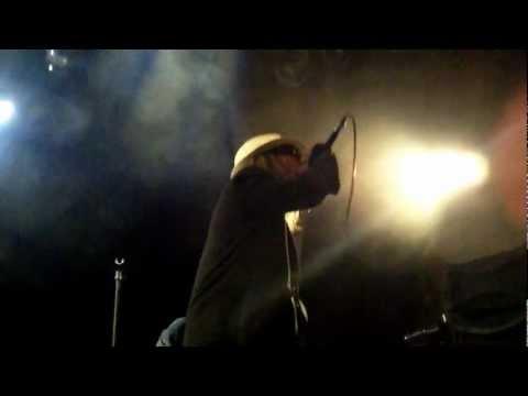 Mako DC Unstoppable live Salvador Brasil & The village Dublin