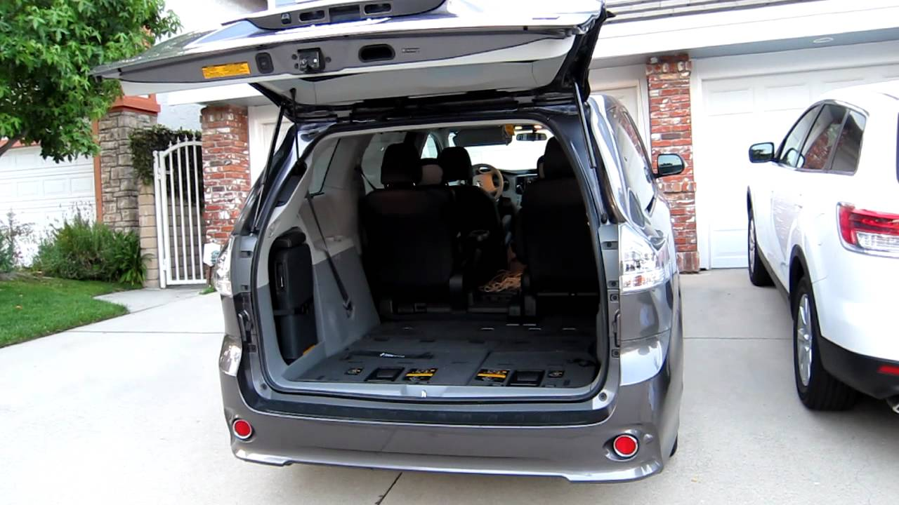 2011 Toyota Sienna Power Liftgate In Action Youtube