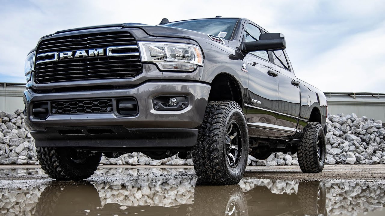 suspension lift kits body lifts leveling kit 4x4 jeep chevy dodge ford off road truck rough country  [ 1280 x 720 Pixel ]