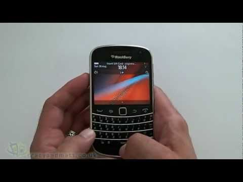 BlackBerry Bold 9900 hands-on demo video