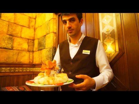 Армянский Национальный Ужин от Друзей в Таверне Ереван. Армения. 19.07.2015