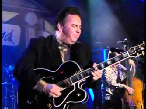 The Duke Robillard Band - Love Slipped In
