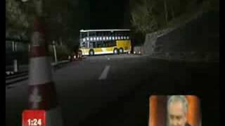 Repeat youtube video Quay đầu xe bus