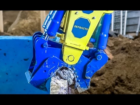 RC excavator EXTREME Part 2! Pool demolition by R/C Liebherr 960!