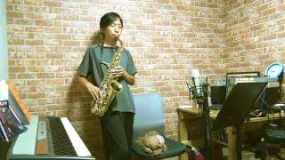 "Cover images Aimyon - The Smell of a Midsummer Night"" (真夏の夜の匂いがする) - Alto Saxophone Cover"