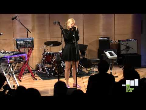 MNDR: Feed Me Diamonds, Live in The Greene Space