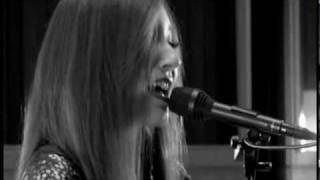 Tori Amos - Jeanette, Isabella (Remix)