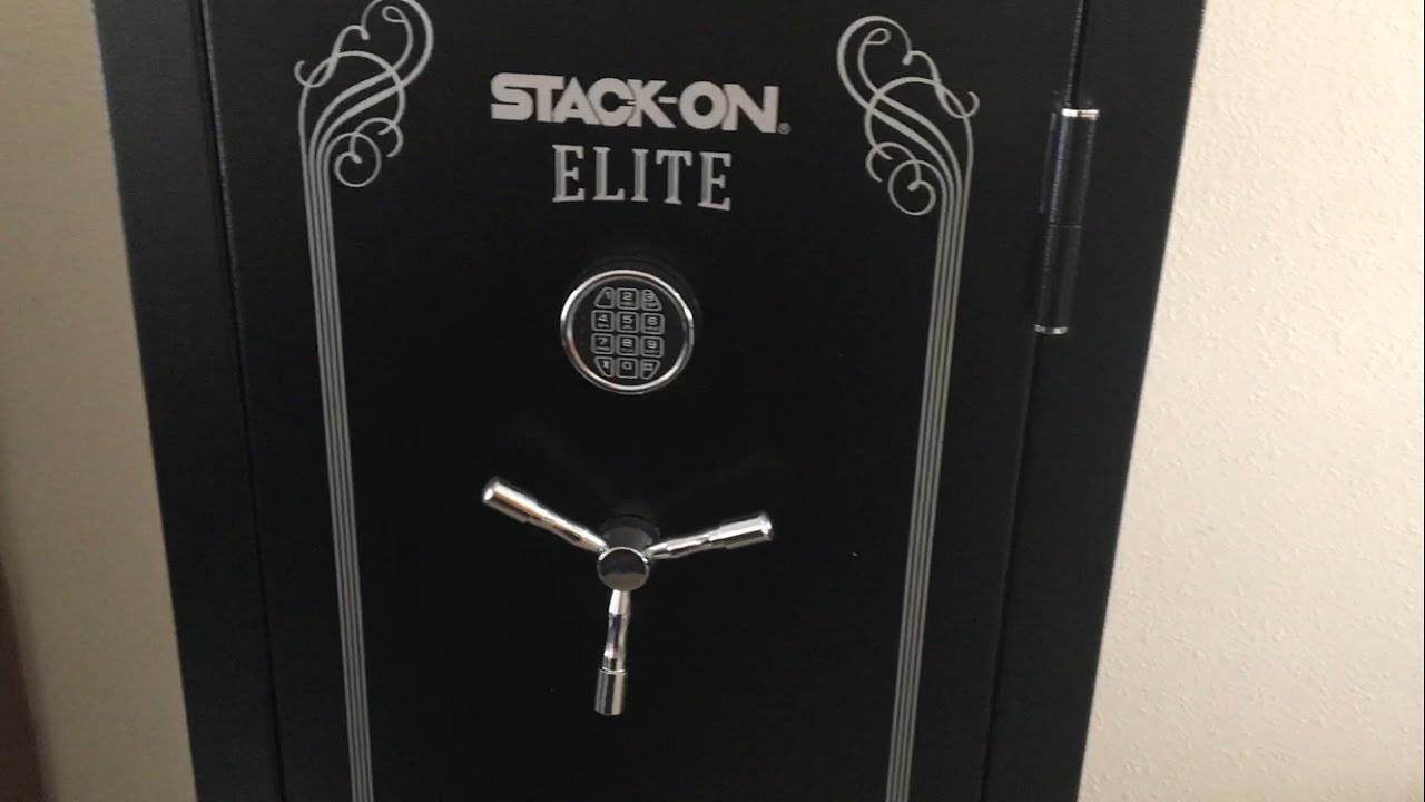 Unboxing the Stack On Elite gun safe and review