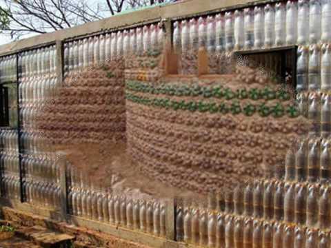 Wow Orang Ini Membangun Rumah Dari Botol Bekas Youtube