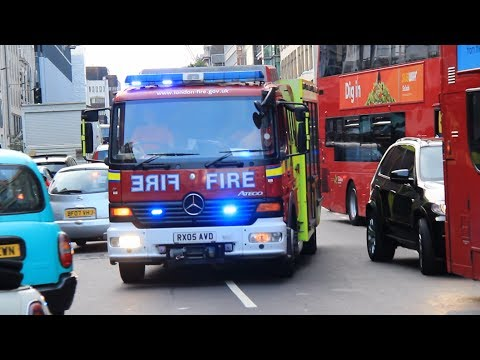 Fire Rescue Unit using cycle lane to respond to an emergency