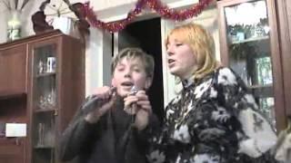Мама и сын зажигают