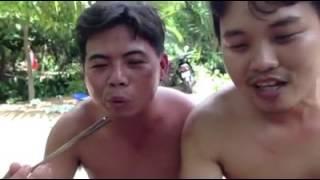 Azijati jedu zive crve