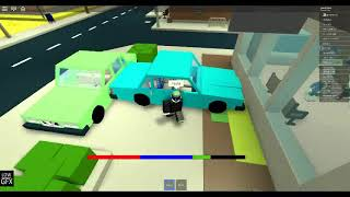 roblox playing The Streets with a friend and i don't know if he is my friend cuz he keep hiting me