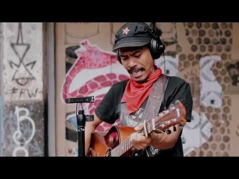 IKSAN SKUTER - JANGAN SEPERTI BAPAK (LIVE)