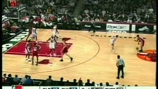 Lebron James 32 pts,10 ast,6 reb, season 2004 cavs vs bulls