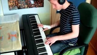 Craig Armstrong - Laura's theme - Kamilogram piano cover after a bike accident