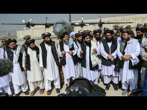 حركة طالبان تسيطر على مطار كابول بعد انسحاب القوات الأمريكية من كامل أراضي افغانستان