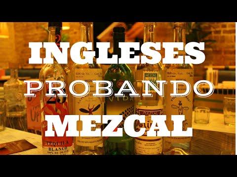 Ingleses probando mezcal/ mexicana en londres