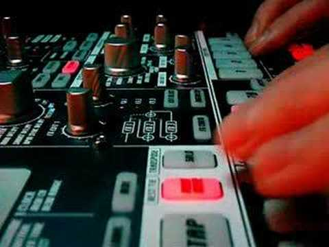 "Music: ""Sunrise"" on Korg EMX"