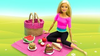 DIY Miniature Crafts for Barbie. Play Doh Food. Doll Picnic Set
