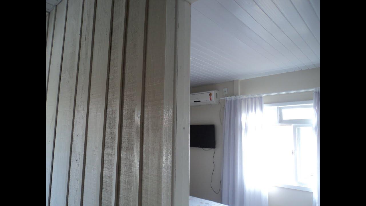 Revestimento de parede em casa de madeira 2 youtube - Revestir pared exterior ...