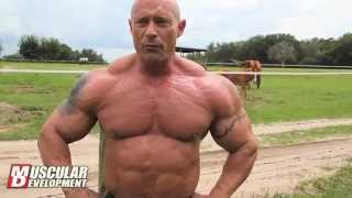 Bodybuilder Mark Antonek Alligator Wrestling