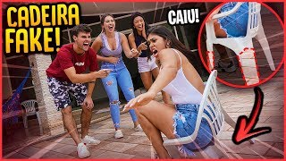 ELAS CAÍRAM NA PEGADINHA DA CADEIRA FAKE 24H!! - TROLLANDO AMIGAS [ REZENDE EVIL ]