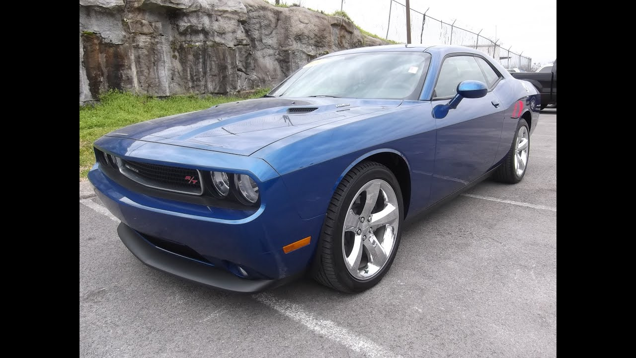 2012 dodge challenger rt plus 5 7 hemi 4k blue streak. Black Bedroom Furniture Sets. Home Design Ideas