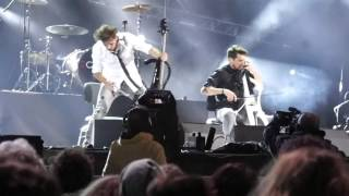 2CELLOS Welcome To The Jungle Verona (live)
